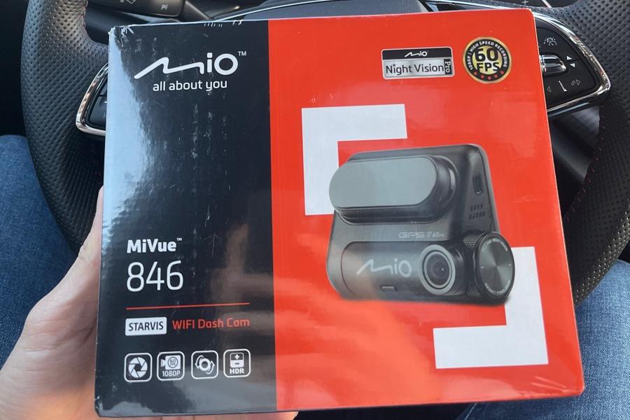 Mio MiVue 846 – nenápadná autokamera – recenze